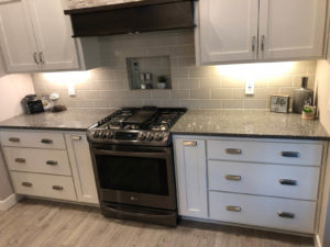 Kitchen range wall - 2017 Parade of Homes