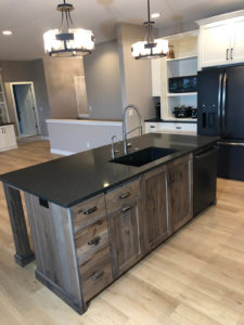Kitchen island with quartz top - 2019 Parade of Homes